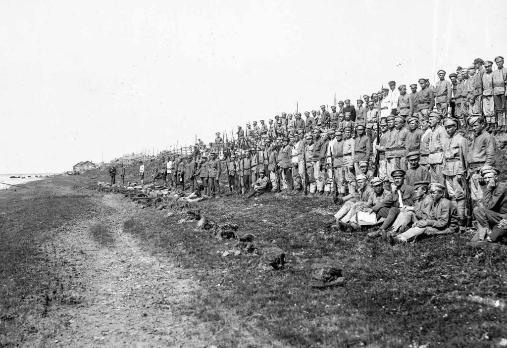 Обучение молодых красноармейцев 54-й стрелковой дивизии 6-й армии РККА. Северный фронт, лето 1919 года